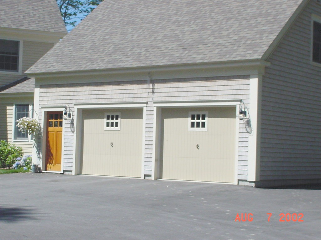 Garage doors portland maine commercial door gallery for Cafe jardin scarborough